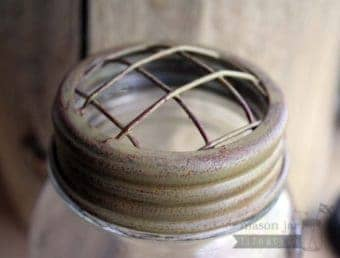 Vintage mustard chicken wire frog lid for regular mouth Mason jars