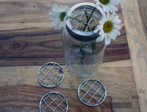 Shiny crinkly frog lids for regular mouth Mason jars 4 pack
