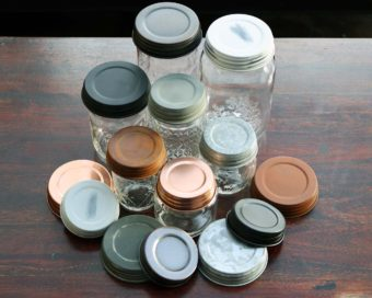 Seven types of decorative Mason jar lids in regular and wide mouth