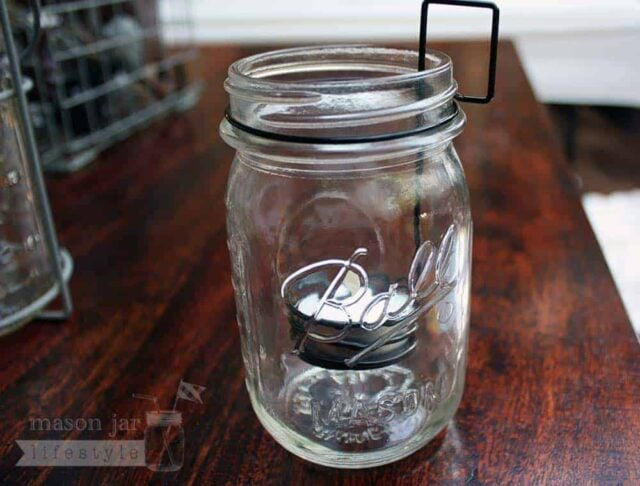 Tea light holder neck clip in regular mouth pint Ball Mason jar