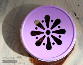 Pink daisy lid for Mason jars top