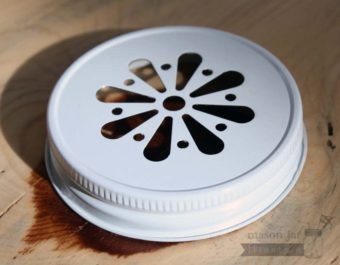 White daisy lid for Mason jars side