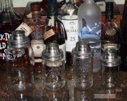 No leaks! Mason jar cocktail shaker lids on 4 sizes of jars