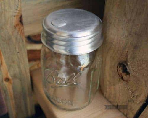 Sugar dispenser pour lid for regular mouth Mason jars