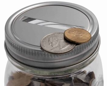 mason-jar-lifestyle-stainless-steel-coin-slot-bank-lid-insert-stainless-steel-band-regular-mouth-ball-mason-jar-coins-closeup