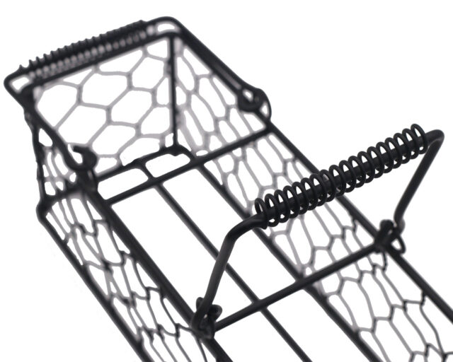 Black Painted Steel Chicken Wire Caddy for Three Pint Jars