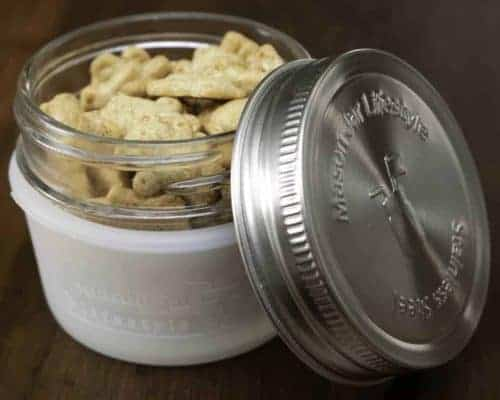 mason-jar-lifestyle-frost-silicone-sleeve-jacket-koozie-4oz-mason-jar-stainless-steel-leak-proof-lid-teddy-grahams