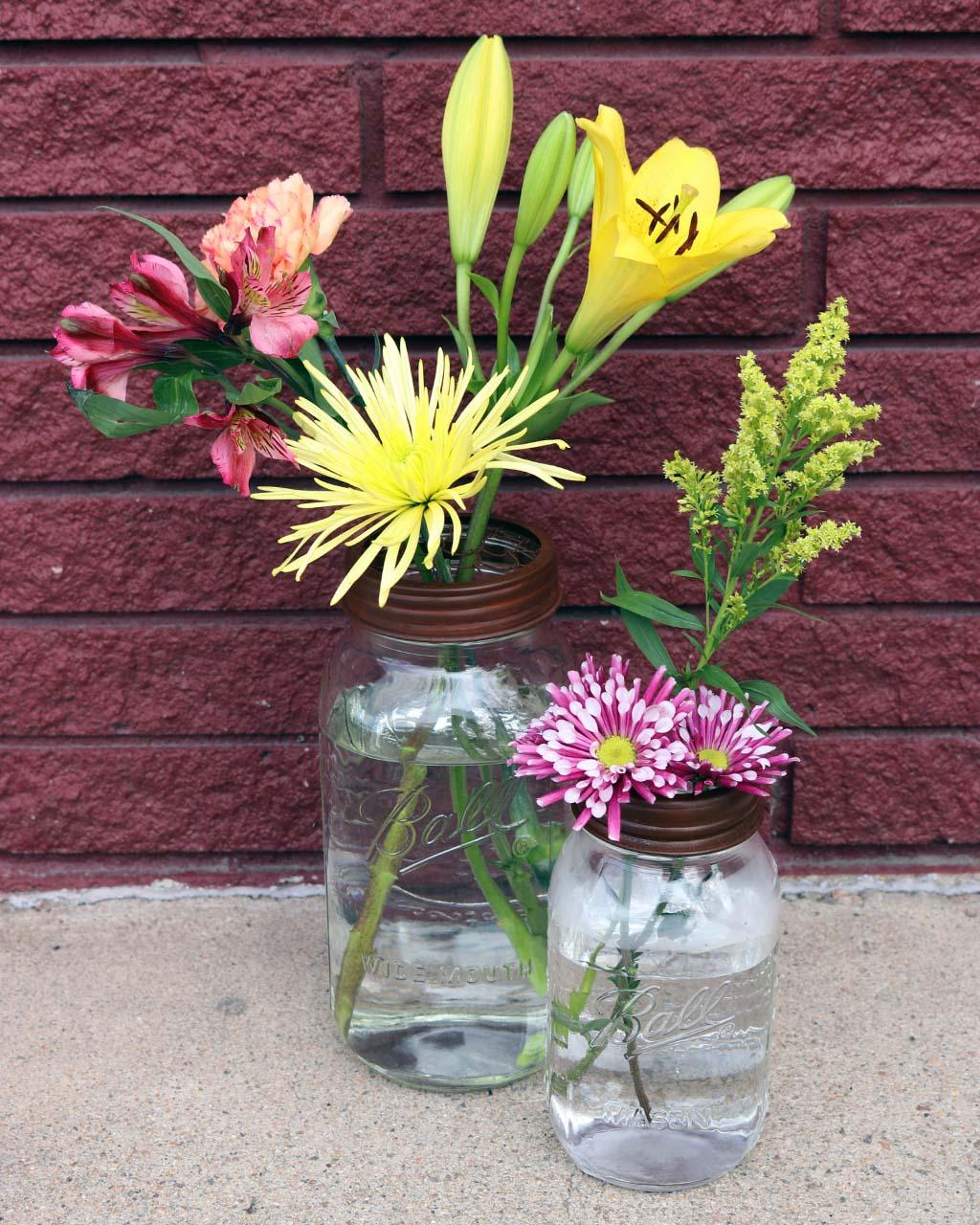 Rusty Flower Organizer Frog Lid For Mason Jars