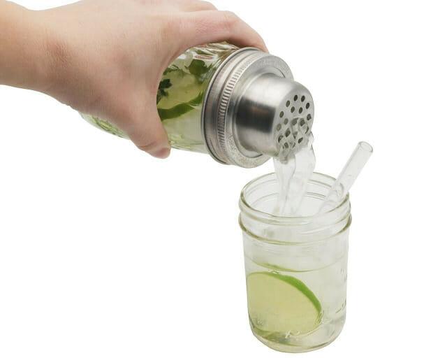 mason-jar-lifestyle-w&p-designs-mason-shaker-cocktail-lid-stainless-steel-band-ball-jar-pouring-half-pint-glass-straw